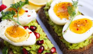 계란 노른자-갑상선 항진증에 나쁜 음식